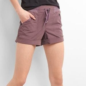 "GapFit 4"" Hiking Shorts"